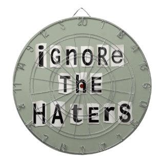 Ignorez les haters. jeu de fléchettes