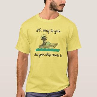 Il est facile de grimacer… quand votre bateau t-shirt