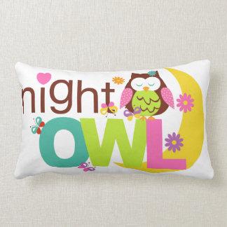 Il garnit de coussins Night Owl