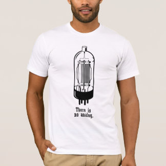 """""""Il n'y a pas analogue. """" T-shirt"""