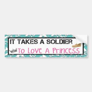 Il prend un soldat pour aimer une princesse autocollant de voiture