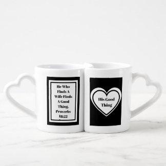 Il qui trouve un emboîtement d'épouse attaque lot de mugs