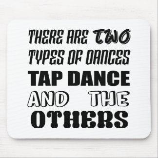 Il y a deux types de danse et de d'autres de tapis de souris