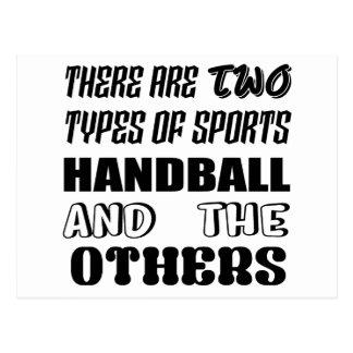 Il y a deux types de handball et de d'autres de carte postale