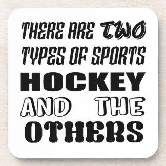 Il y a deux types d'hockey et de d'autres de dessous-de-verre
