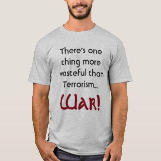 Il y a une chemise plus inutile   de chose t-shirt