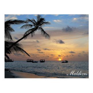 Île des Maldives - du Kandoludu à la carte postale