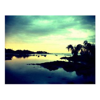 ile paradisiaque - by night carte postale