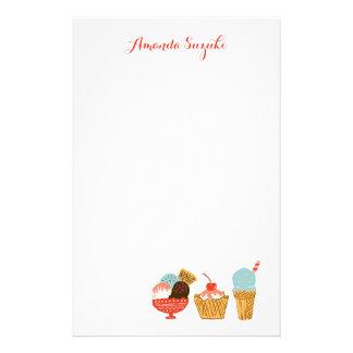Illustration de crème glacée avec le nom papier à lettre personnalisable