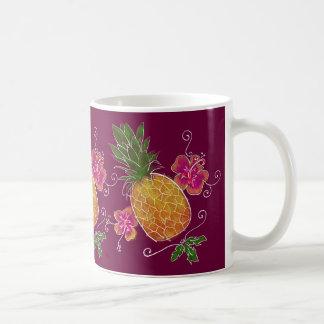 Illustration de trois ananas avec la tasse du