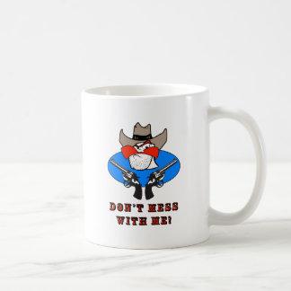 Illustration drôle d'humour de cowboy fou mug blanc