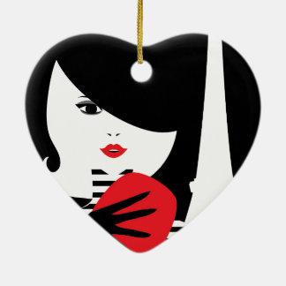 Illustration élégante française de mode de mode ornement cœur en céramique