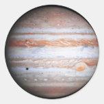 Image AUGMENTÉE de la NASA de flyby de Jupiter Sticker Rond