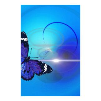 Image bleue de papillon papier à lettre personnalisé