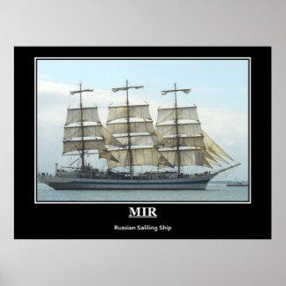 Image russe de cru de bateau de navigation de MIR Affiche