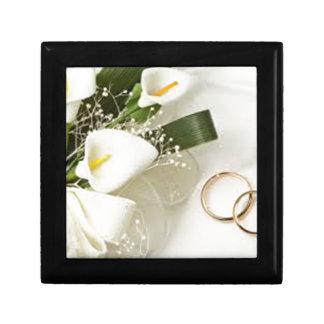 images petite boîte à bijoux carrée