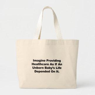 Imaginez fournir des soins de santé pour les bébés grand sac