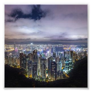 Impression Photo Vue foncée de nuit de belle ville de Hong Kong