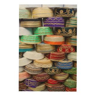 Impression Sur Bois Casquettes arabes au marché