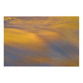 Impression Sur Bois Réflexion d'or d'automne sur l'écoulement de l'eau