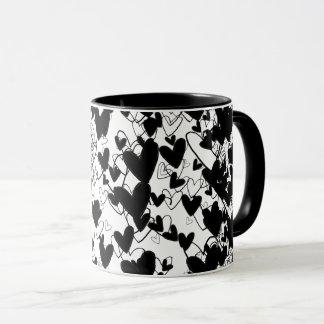 Impressionnant dramatique de motif noir et blanc mugs