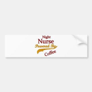 Infirmière de nuit actionnée par le café autocollant pour voiture
