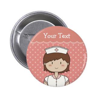 Infirmière mignonne de bande dessinée (brune) badge