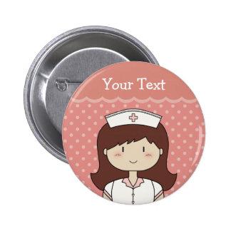 Infirmière mignonne de bande dessinée (brune) badge rond 5 cm