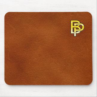 initiales  B et P en or sur fond de cuir Tapis De Souris