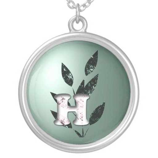 Initiales Collier
