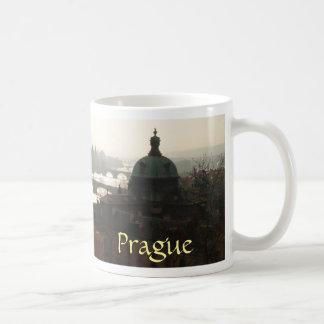 Inkandescence dans la tasse de Prague