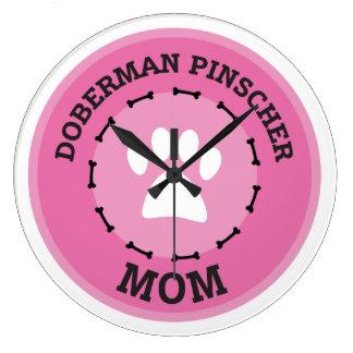 Insigne de maman de Pinscher de dobermann de Grande Horloge Ronde