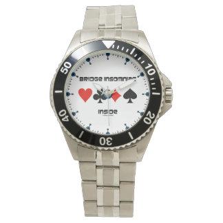 Insomniac de pont à l'intérieur d'humour de quatre montres bracelet
