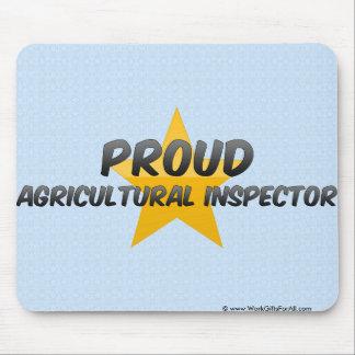 Inspecteur agricole fier tapis de souris