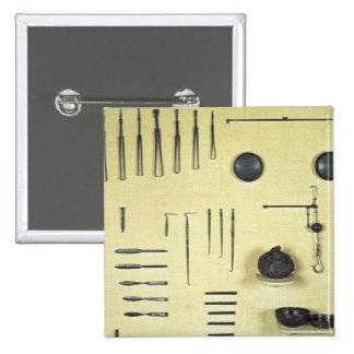 Instruments du cas d'un oculiste, de Reims Badge