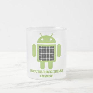Intérieur d'idées d'incubation (illusion de grille mug en verre givré