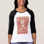 Introverts unissent séparément dans vos propres t-shirts