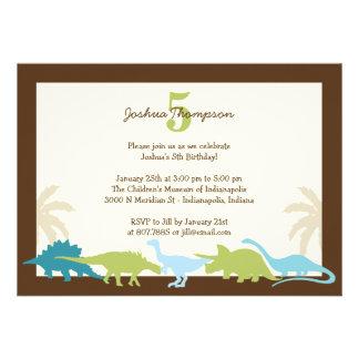 Invitation chérie de fête d'anniversaire de dinosa