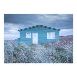 Invitation de hutte de plage de plage d'Embleton