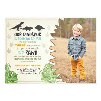 Invitation de partie de dinosaure d'invitation