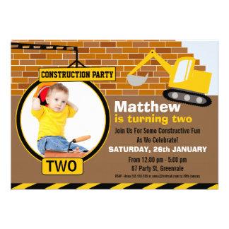 Invitation en construction de fête d anniversaire