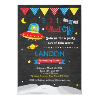 Invitation étrangère d'anniversaire d'espace
