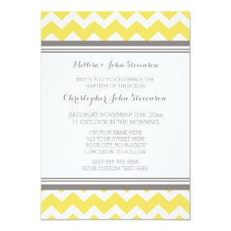 Invitation grise jaune de baptême de Chevron