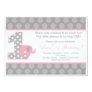 Invitation grise rose d'anniversaire d'éléphant