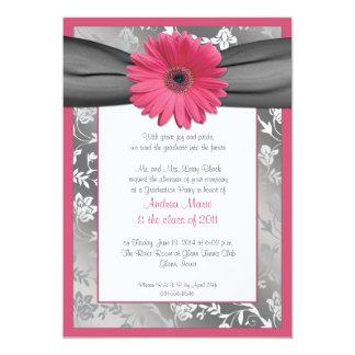 Invitation rose et grise d'obtention du diplôme de