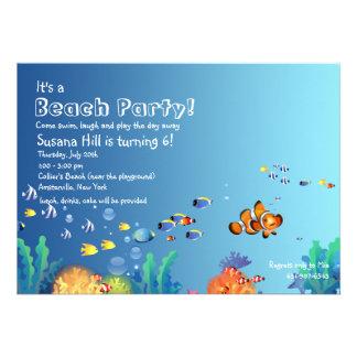 Invitation tropicale de fête d'anniversaire de pla