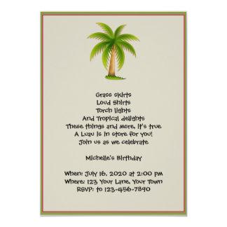 Invitation tropicale de partie de Luau de palmier