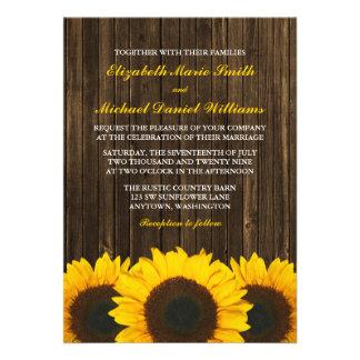 Invitations en bois de mariage de grange de tourne