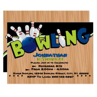 Invitations lumineuses et d'amusement de bowling