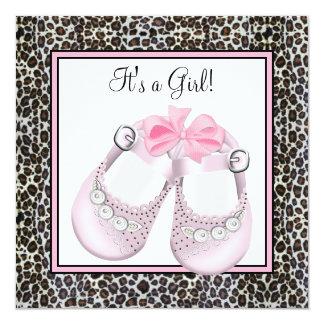 Invitations roses de baby shower de léopard